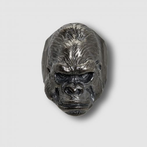 12-lucky-monkey-gorilla-01-1.jpg