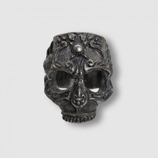12-lucky-monkey-skull-01-1.jpg